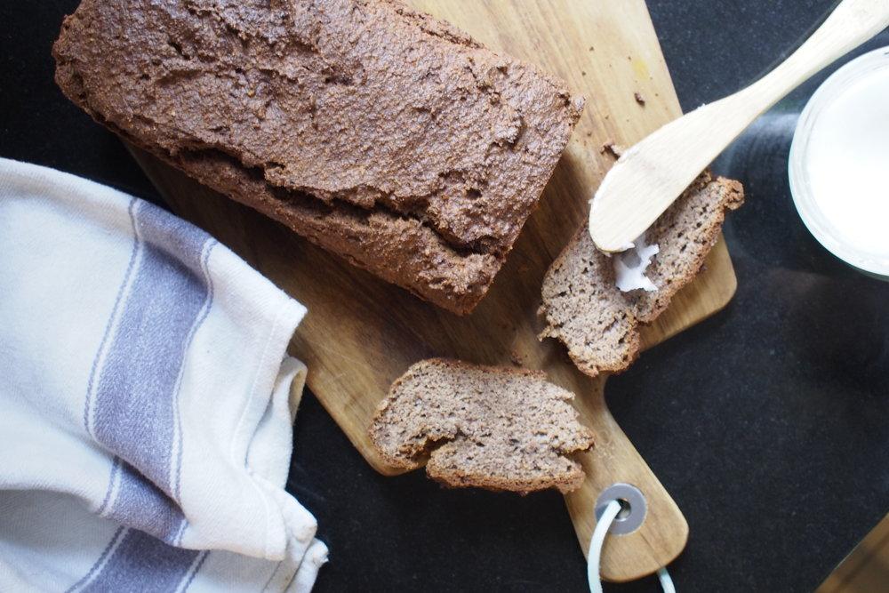 Banana bread - Hemsley and Hemsley - The Grown Up Edit .JPG