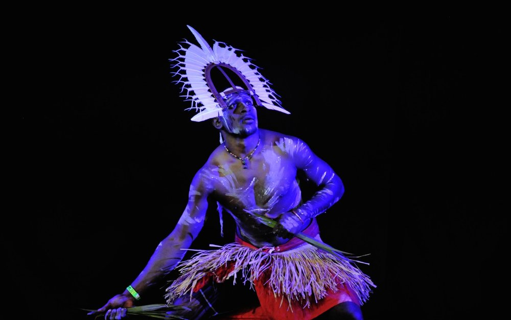 Ses Bero of Baiwa Dance Company  Photographer: Wayne Quillian