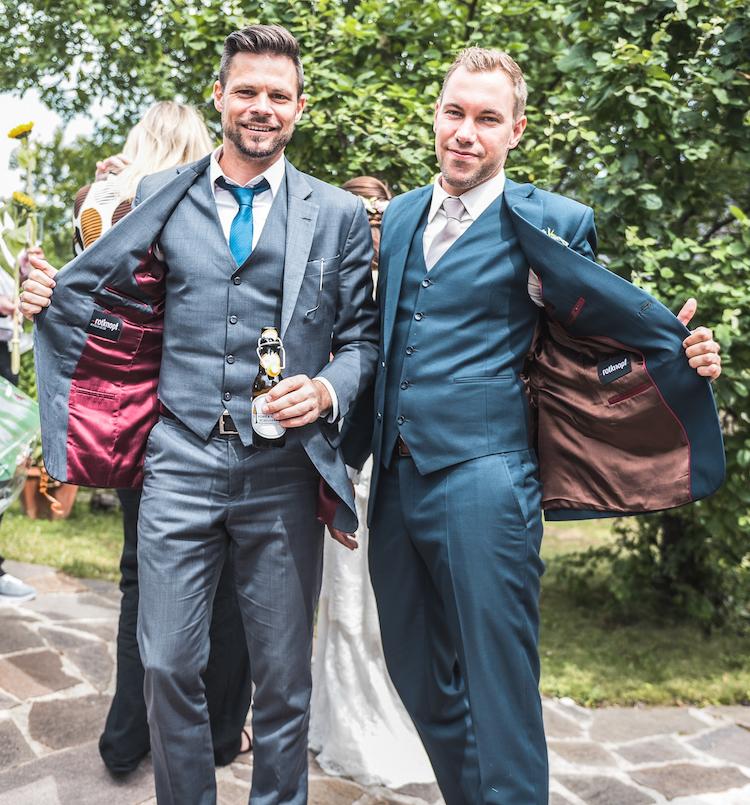 Rotknopf_Hochzeitsanzug_Galanis1 (1).jpeg