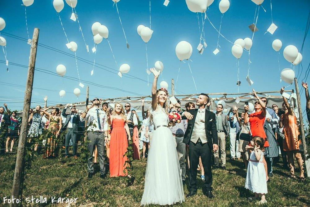 Rotknopf_Hochzeitsanzug_Gatterbauer3 (2).jpg