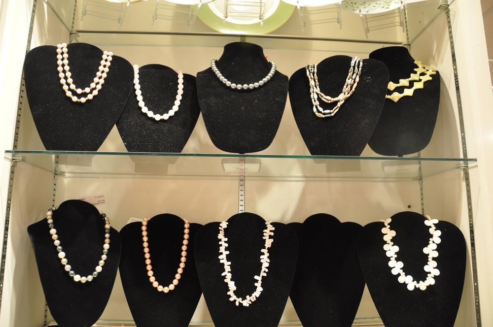 24C Pearls.jpg