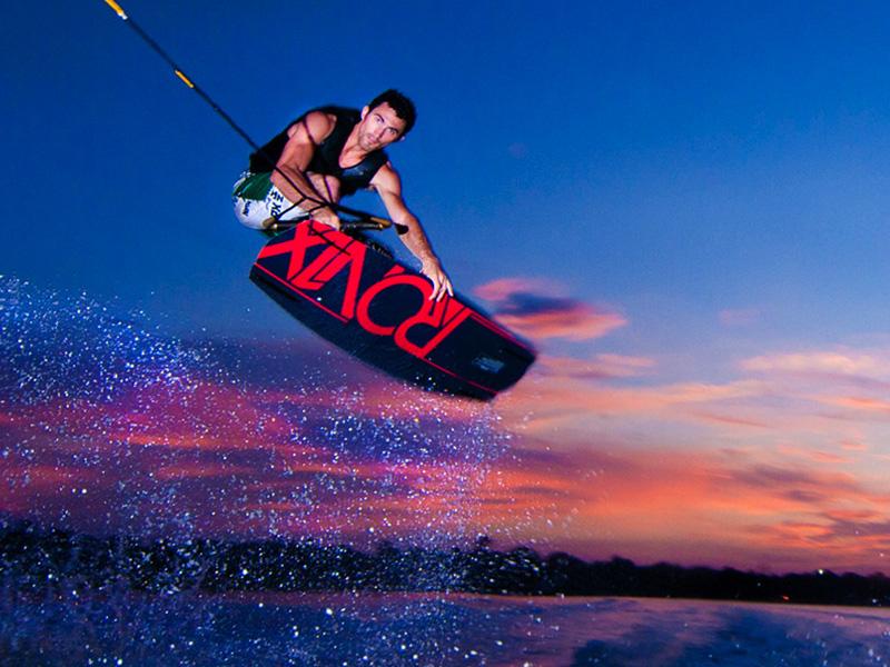 Calabash_Roatan_Activities_Wakeboarding.jpg