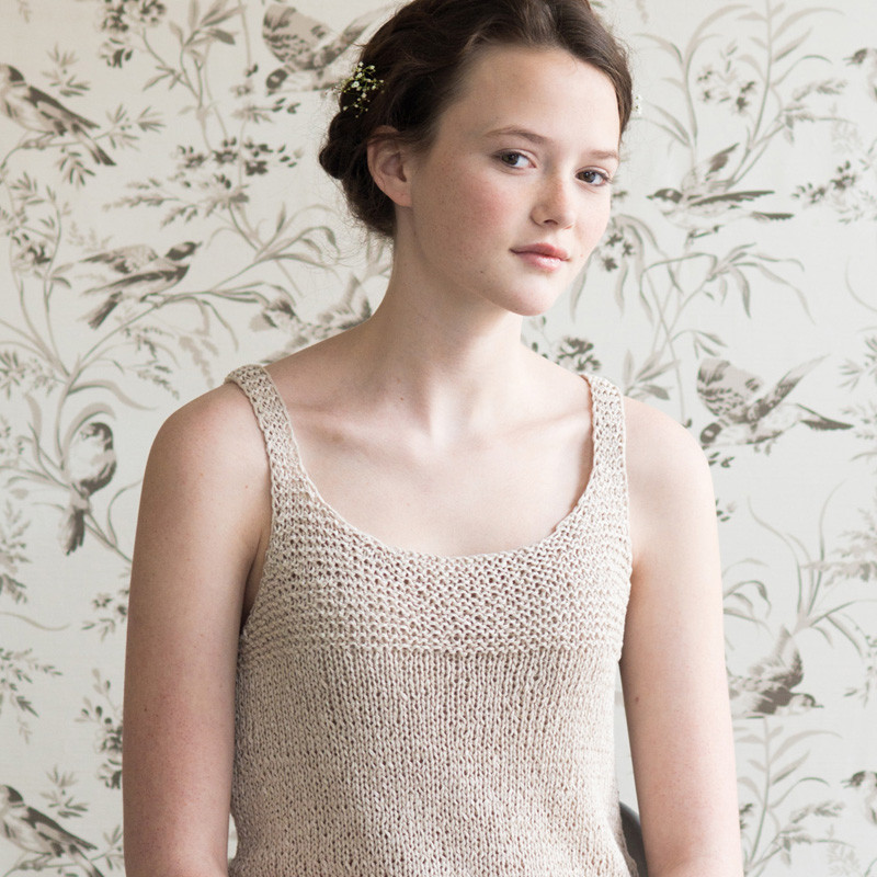 quince-co-aster-pam-allen-knitting-pattern-kestrel-1sq_da17ecda-cabe-4f76-8e6f-393b22e4dabf_1024x1024.jpg