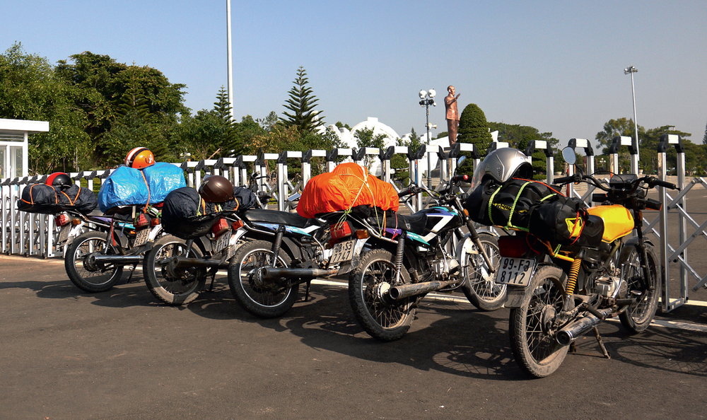 Motorcycle cap 2.png
