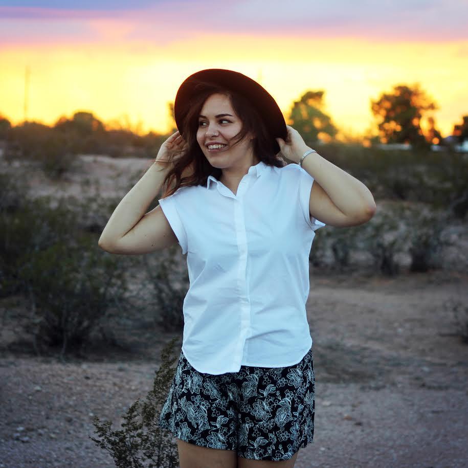 Paige-Poppe_Arizona-Artist.jpg