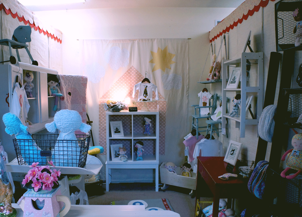 kids-closet-room-decor.jpg