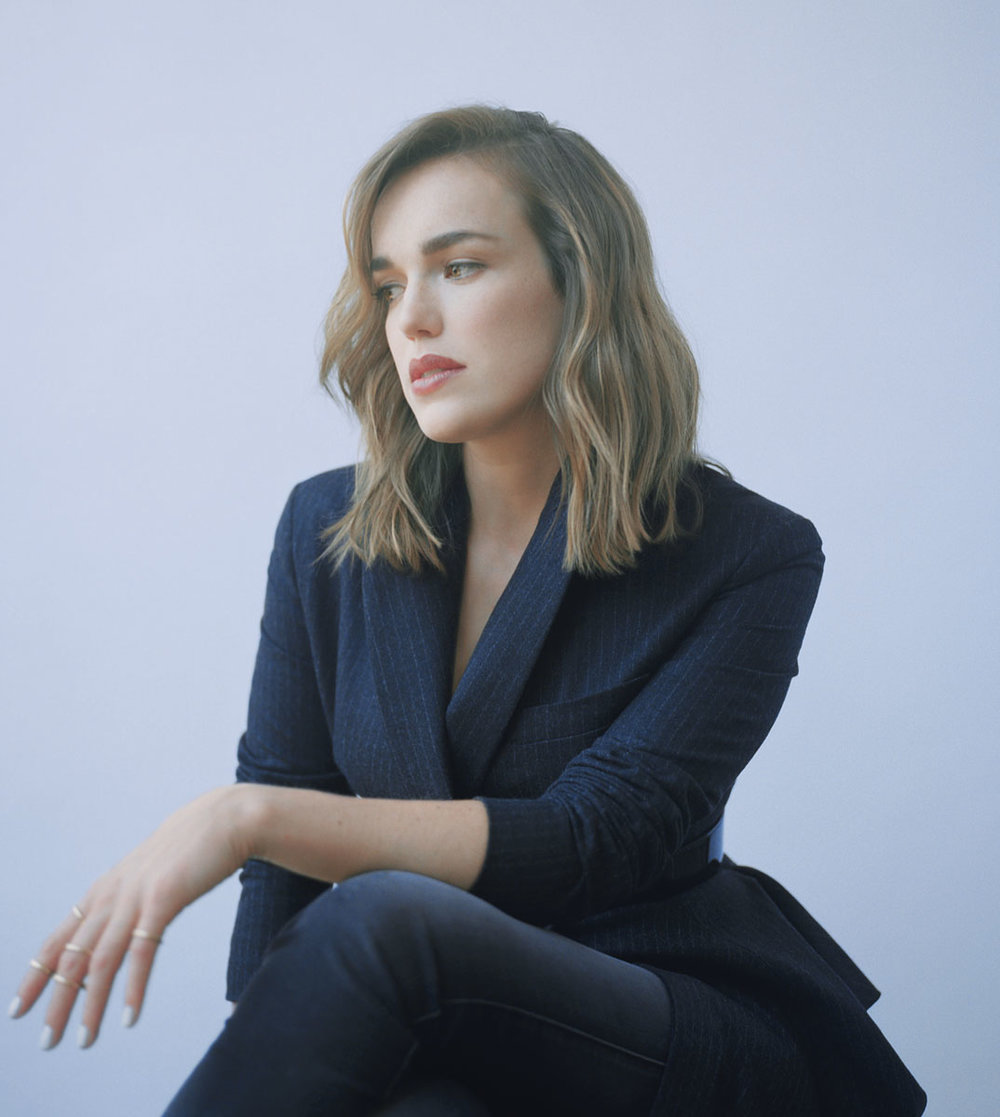 Elizabeth Henstridge nude photos 2019