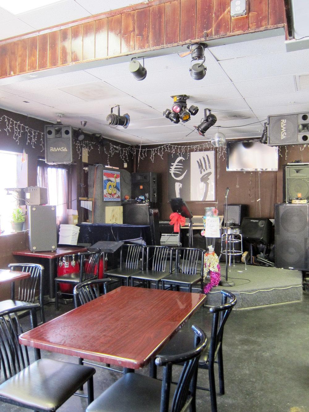 Kruang-Tedd-karaoke.jpg