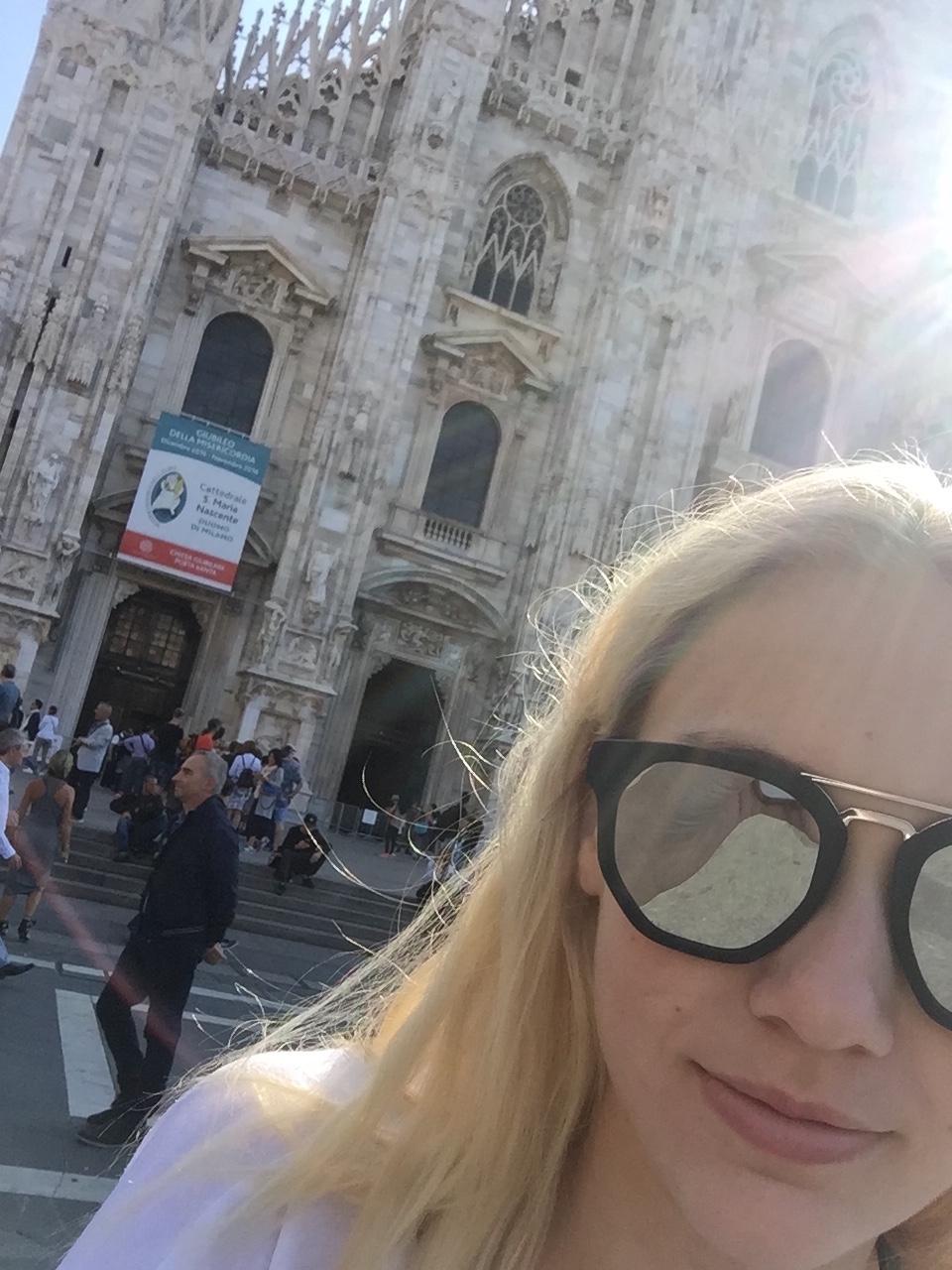 3Classic-Duomo-selfie1.jpg