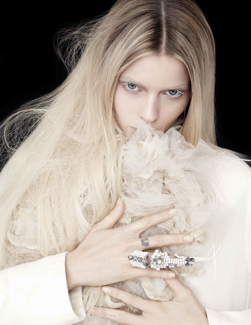 Abbey_Lee_01_0058_05.jpg
