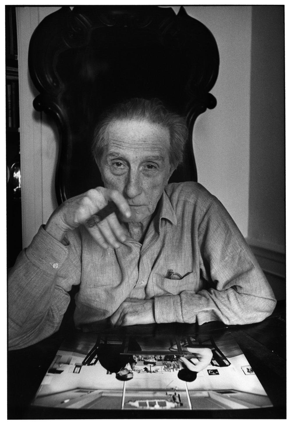 Marcel-Duchamp-New-York-1965.jpg