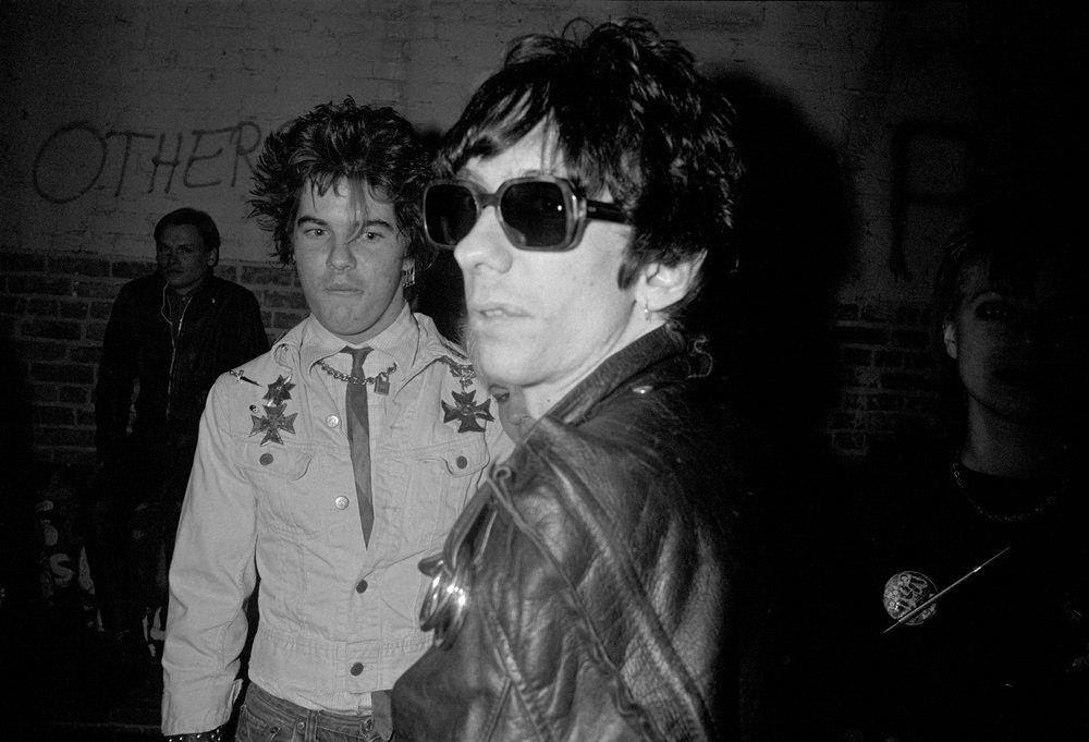 Darby Crash (Germs) and Stiv Bators (The Dead Boys), 1978/79.Photo: Melanie Nissen.