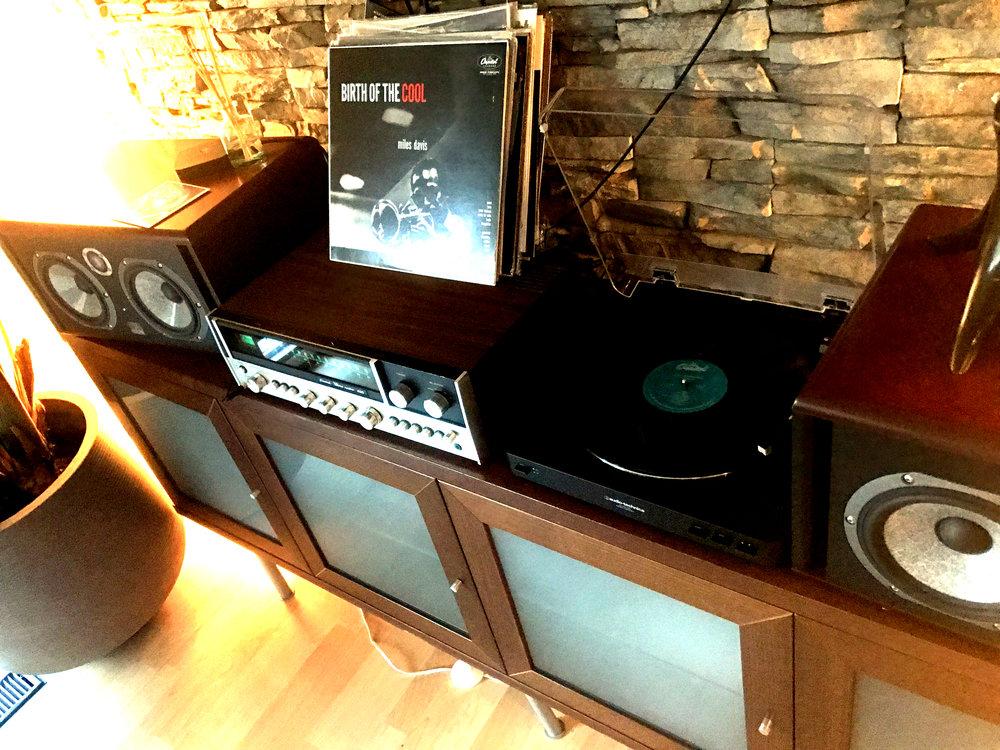 Vinyl  Relaxing - jazz, jazz, jazz and more jazz