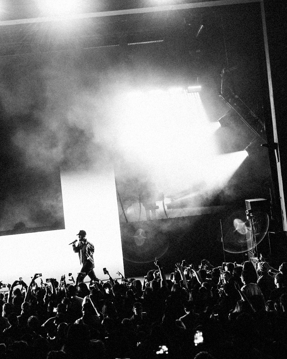 Bryson Tiller at the Greek Theatre in Los Angeles on August 14 | Shot by Isaac von Hallberg