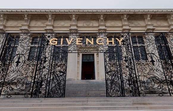 Image via Givenchy