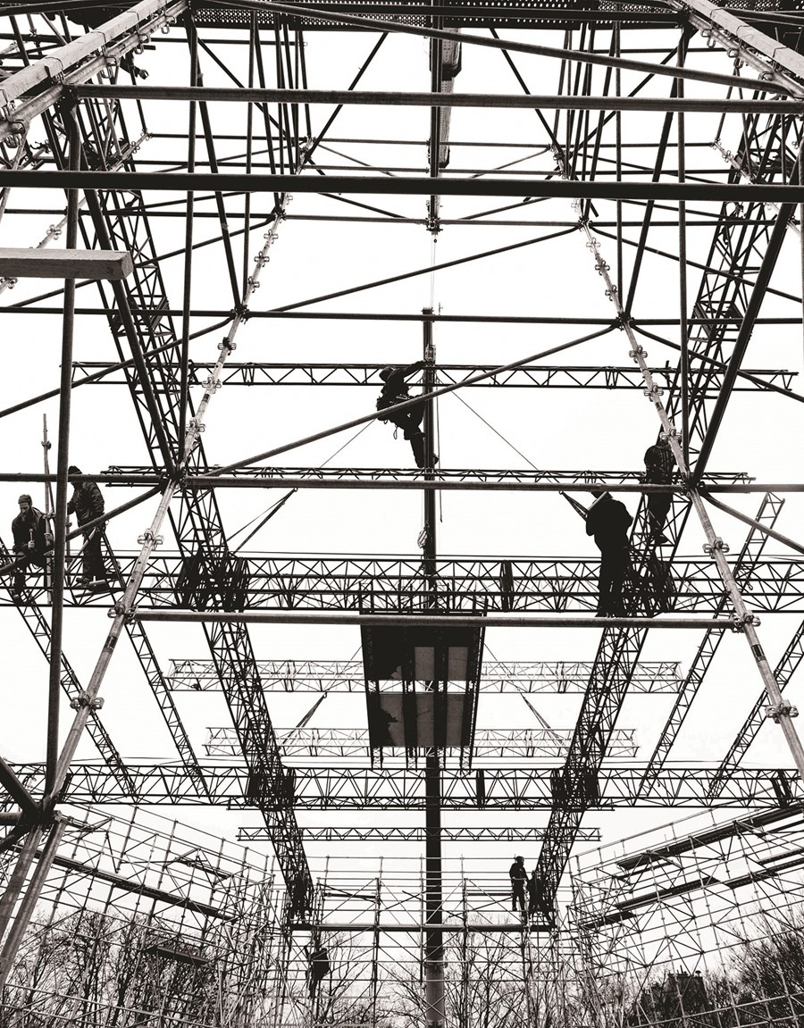 Scaffolding for venue construction, Christian Dior, Couture Spring/Summer 2015. Musée Rodin, Paris. © Romain Bassenne