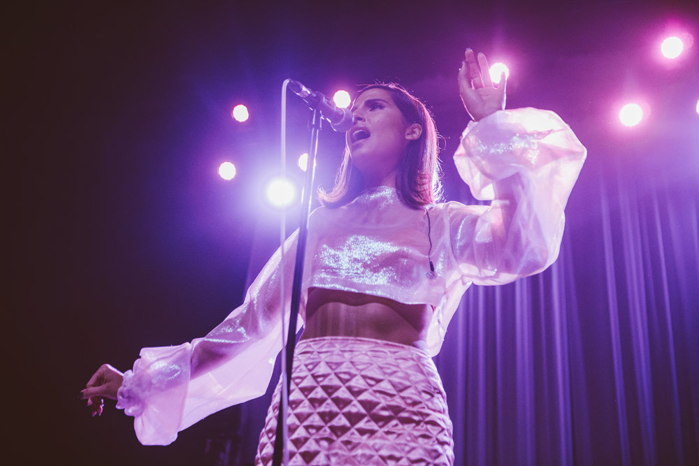 Snoh Aalegra at the Fonda Theatre | all photos by Jose Cervantes