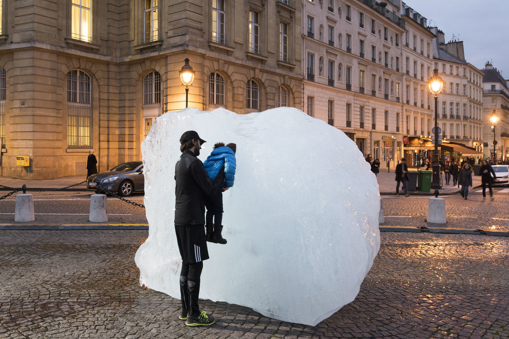 "OLAFUR ELIASSON. ""ICE WATCH"" (2015). CAPTURED ICEBERGS ARRANGED IN FRONT OF PLACE DU PANTHÉON, PARIS ON THE OCCASION OF COP 21 – UNITED NATIONS CONFERENCE ON CLIMATE CHANGE. PHOTO: MARTIN ARGYROGLO."