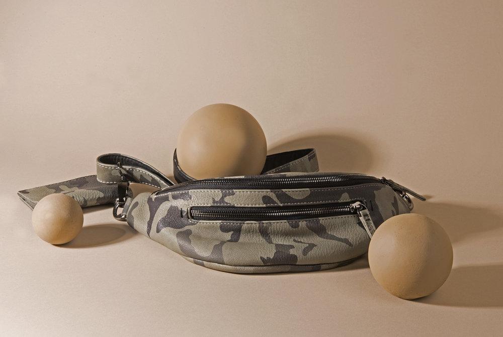 JUNGLE TRIBE bag.