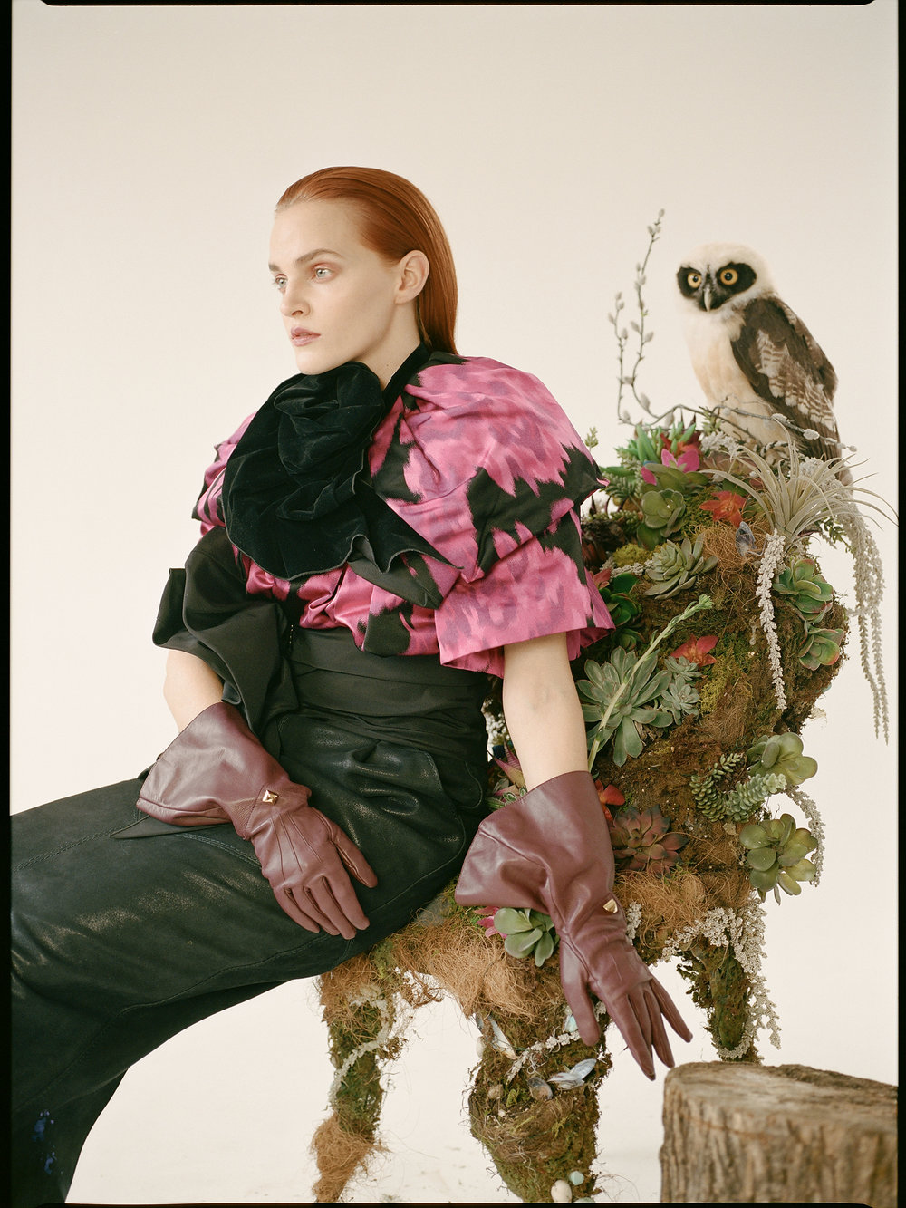 NATALIE COLLETTE WOOD     chair and   MARC JACOBS     dress and gloves.