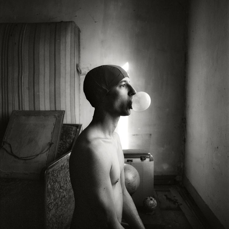 Artist's Self-Portrait | http://www.oliviervalsecchi.com/