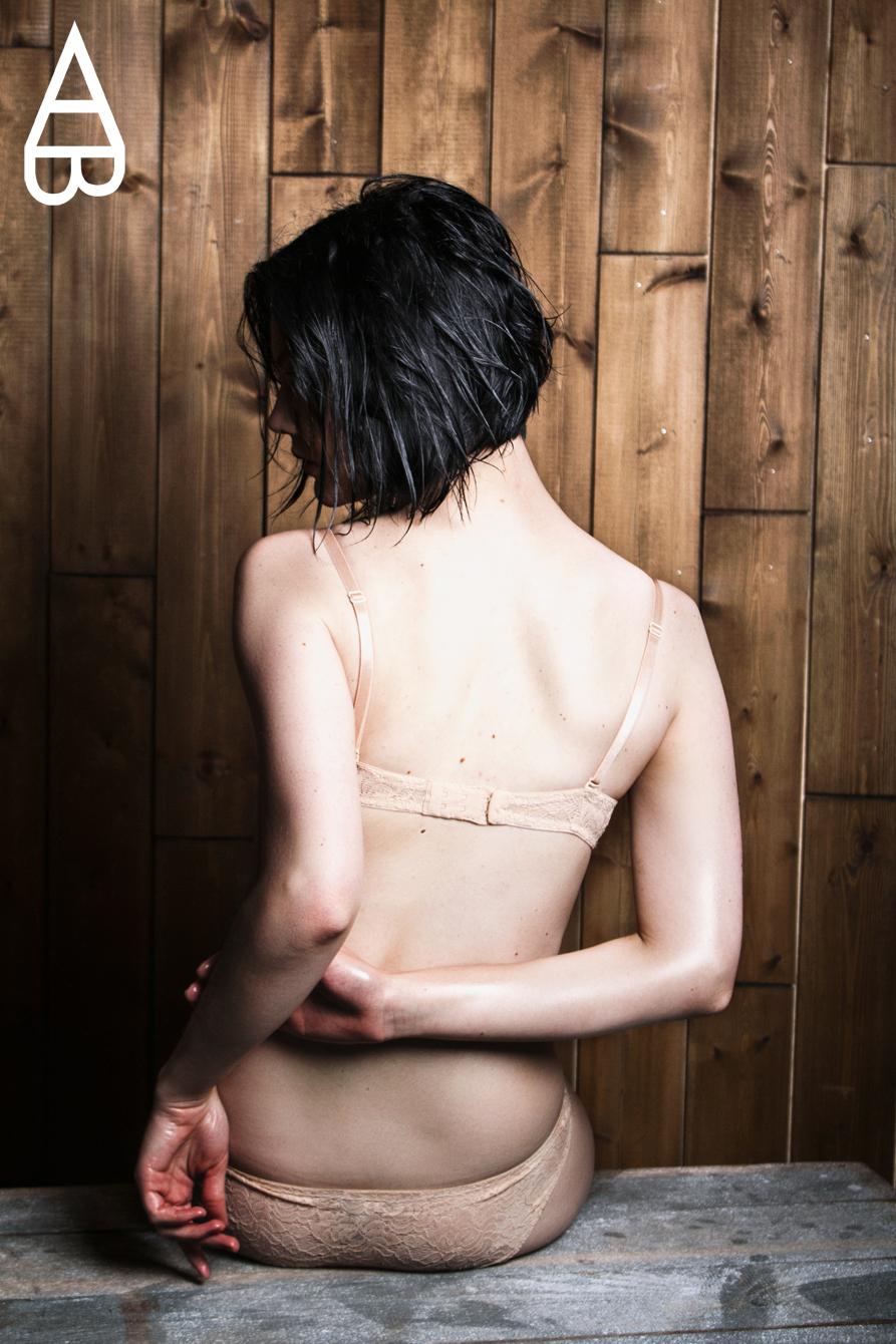 PHOTOGRAPHED BY MARIA KINOSIAN