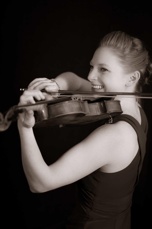 Dr. Hannah Leland, Violin