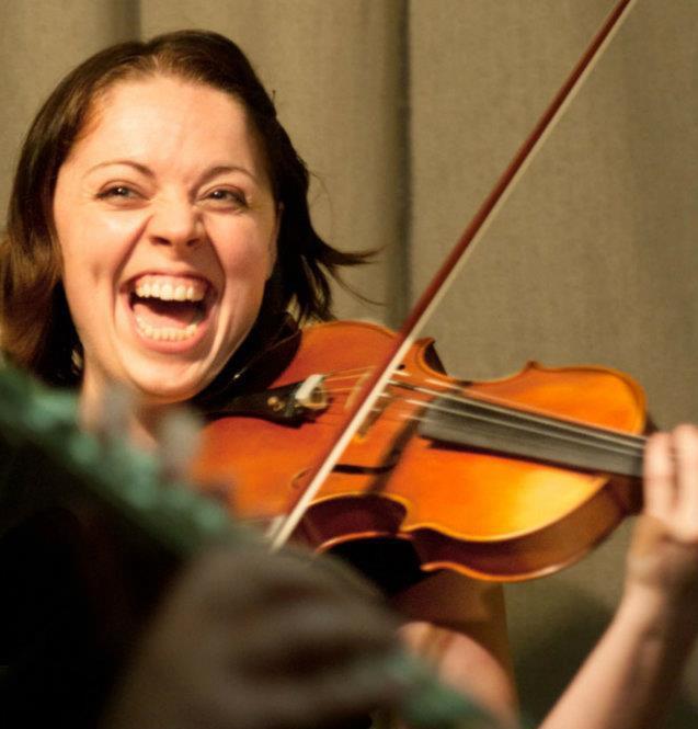 Jennifer Estrin, Violin