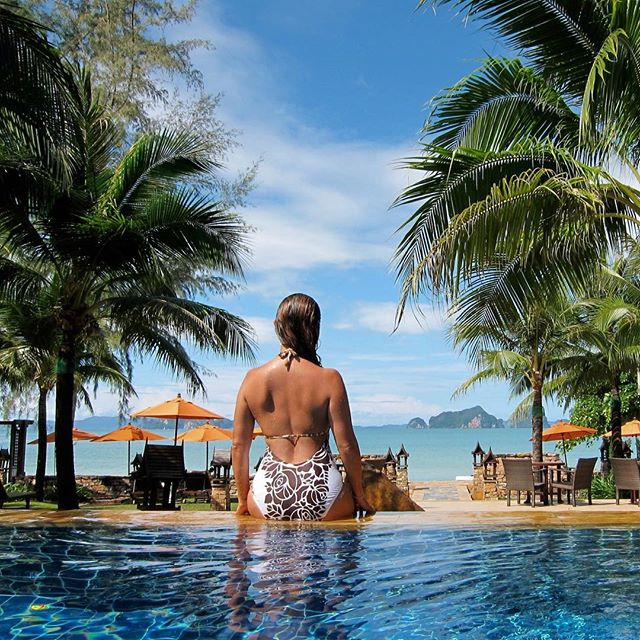 Travel feeds my soul, I find a piece of me everywhere I go. #fbf #thailand #liveyourbestlife