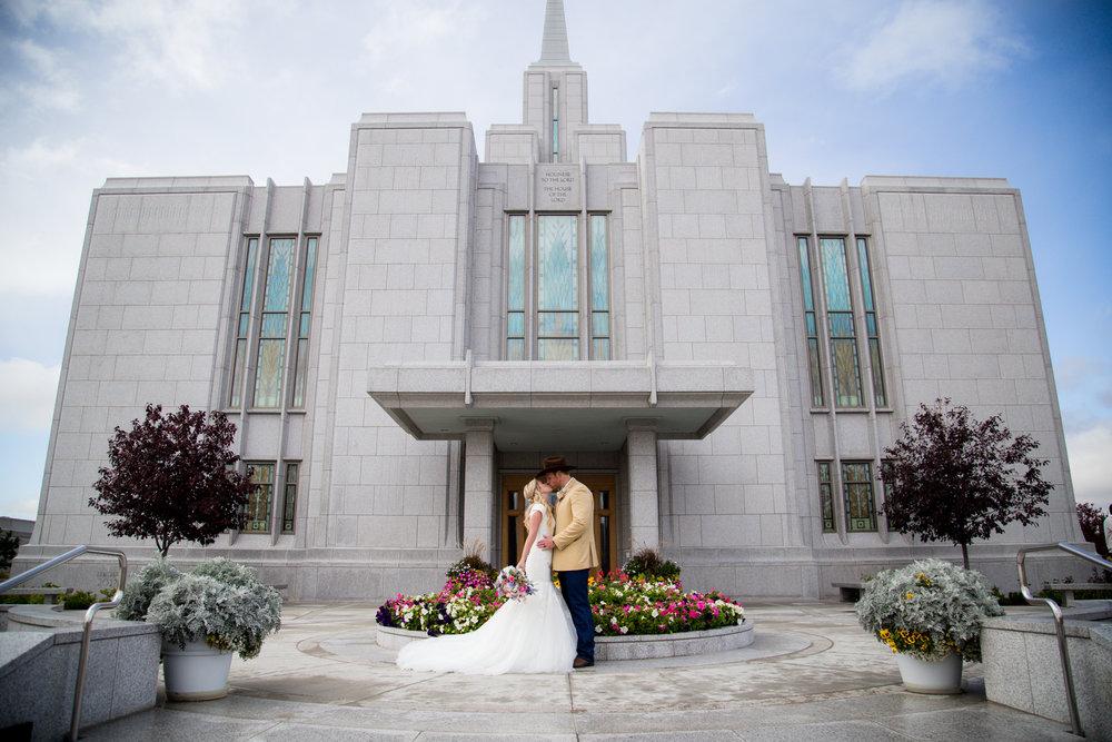 Calgary_Wedding-72.jpg