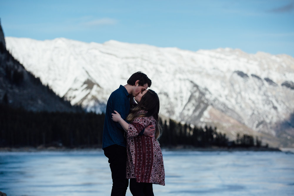 calgary_engagement_photographer-6.jpg