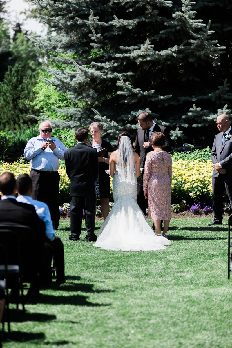 calgary_zoo_wedding-46.jpg