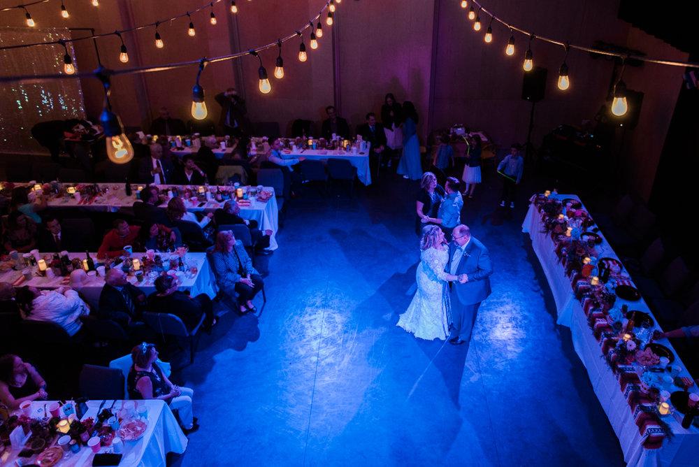 calgary-wedding-photographer-5.jpg