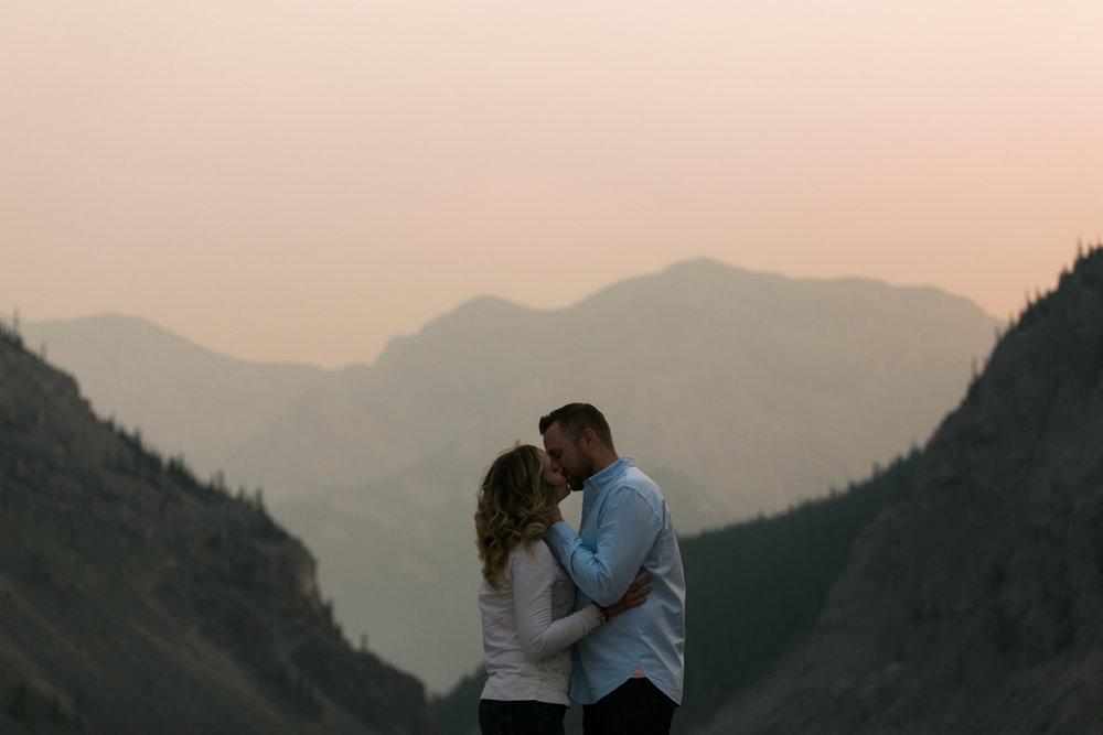 Calgary_Wedding_Photographer-26.jpg