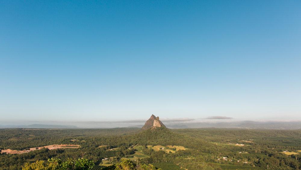 australia-wedding-photographer-glass-mountains-ngungun-7.jpg