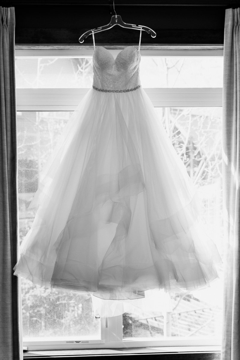 sarah-beau-wedding-photographer-canmore-cornerstone-theatre-48.jpg