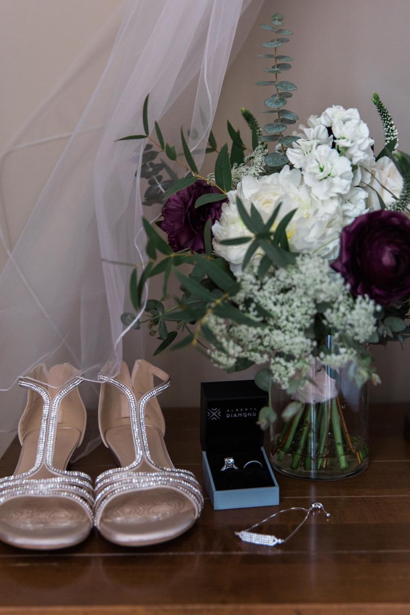 sarah-beau-wedding-photographer-canmore-cornerstone-theatre-51.jpg