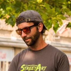 Alex Maxiov