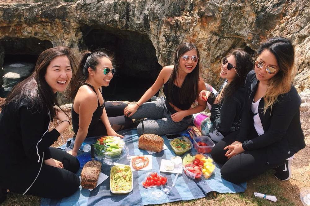 @beatificbrenda and friends look like they did the picnic right!
