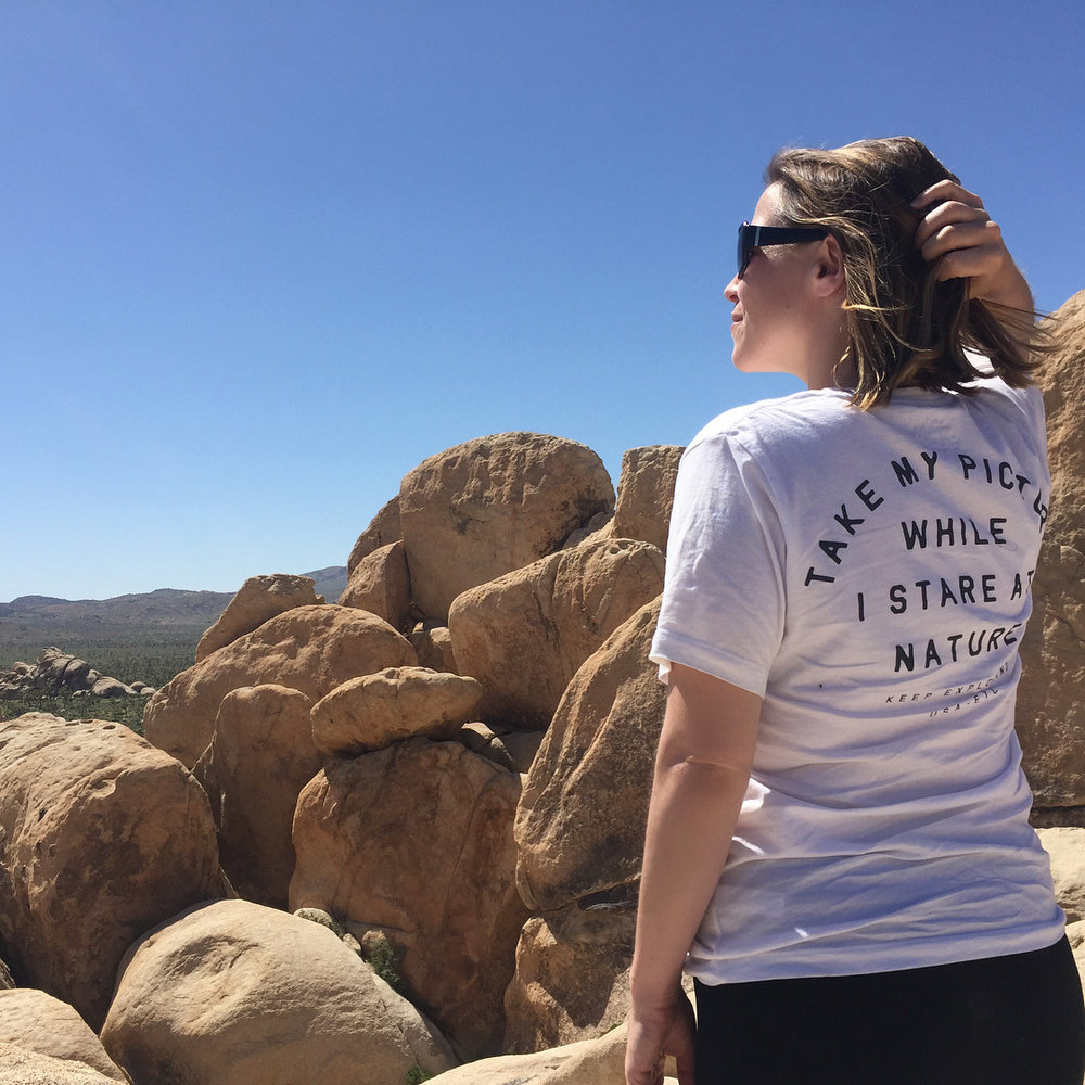 @juliaevehays shows in Joshua Tree that you gotta do what this shirt says for the best Instagram shots