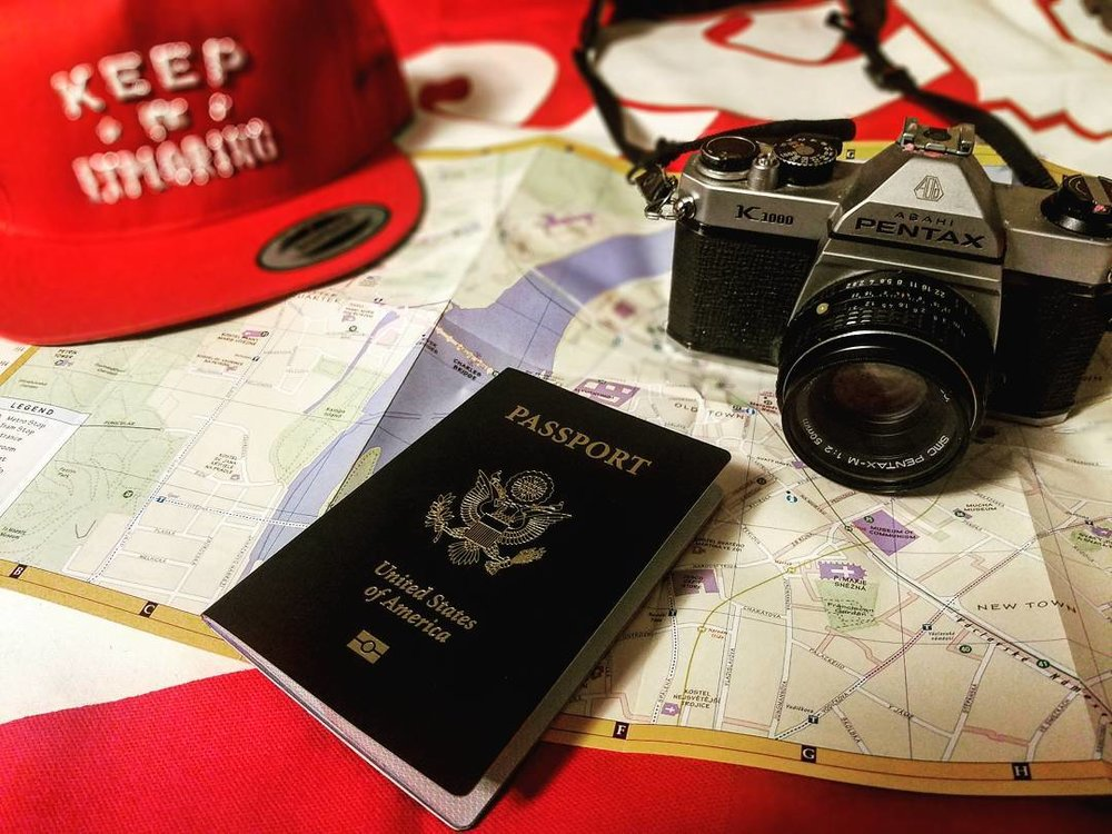 @kateyladikastudios packed the explorations essentials for her trip across Europe