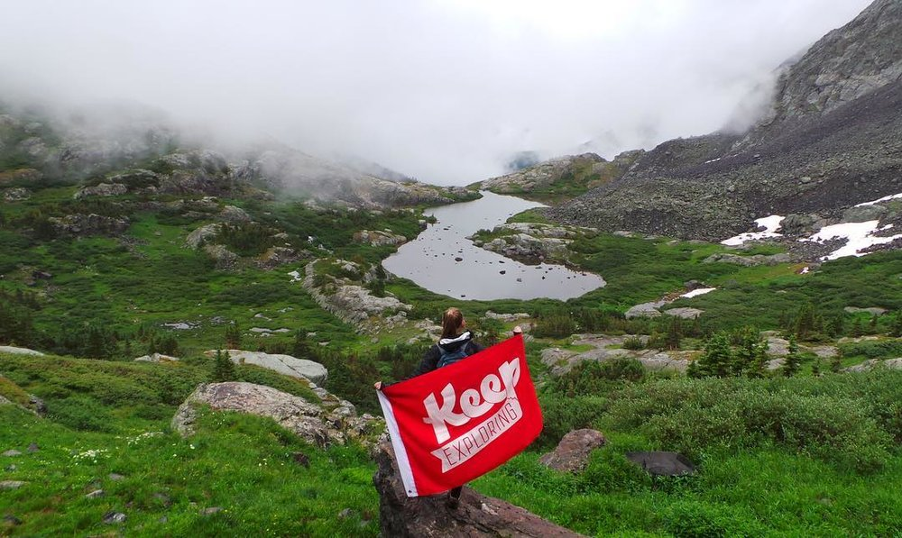 @sahm_samurai explored the Pacific Tarn with our favorite flag