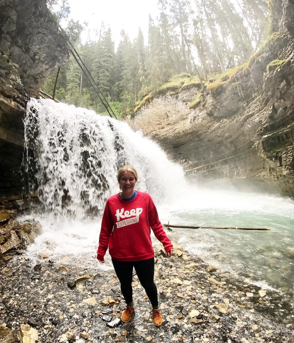 @alleyjune used the KE sweatshirt to keep her warm as she chased waterfalls in Bantiff