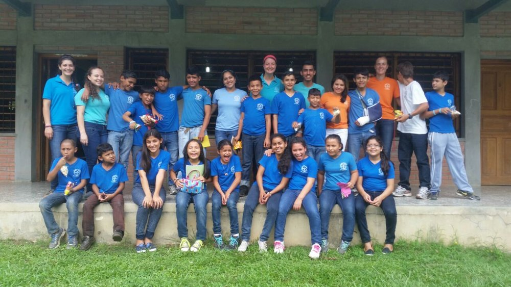 Miss Savanah (in the orange shirt on the right) with the other students and teachers in the EducaTodos program at the end of the school year last year.