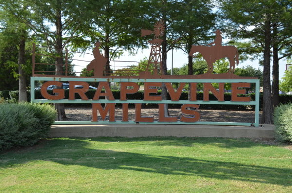 Grapevine-Mills-2.jpg