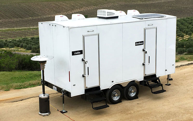 5-Station_portable-restroom-trailer-event-rental_800x500.jpg