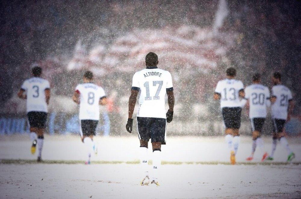 soccer am flag pic.jpg