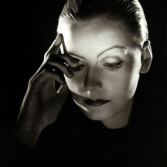 Greta Garbo. What more else is there to say really.⠀ ⠀ The woman was class personified. Can you measure class just by looking at how a woman appears publicly?⠀ ⠀ Answers on a postcard.⠀ ⠀ #styleicon #beauty #womeninfilm #silverscreenstars #gretagarbo