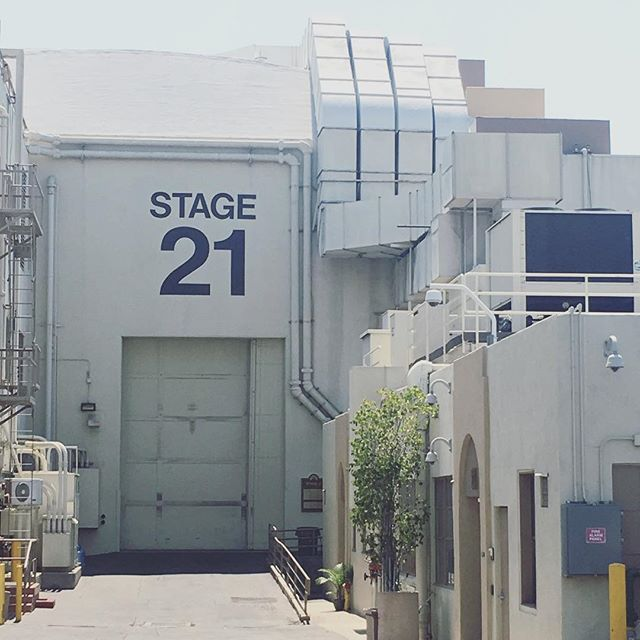 Here it comes!!! Our technical, logistical, behind-the-scenes blog series inspired by a visit to @paramountstudiosofficial stage 21 where The Lucy Show (1968 season) and Entourage were both filmed, and which is allegedly haunted!⠀ ⠀ #staytuned over at www.skiptheedit.com for a month of #filmcrew secrets, ideas and an insider look at the day-to-day workings of the camera crew on set, as well as little tidbits about what you can do to be a good trainee and a sample of a loaders kit. We will finish the month with a super exciting #premiere of a movie that we made!⠀ ⠀ ⠀ ⠀ #setlife #crewlife #film #cinematography #onset