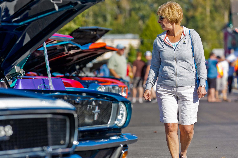 Quilt Walk Car Show